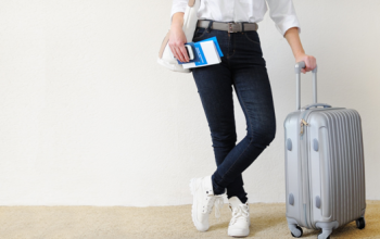 How to Stay Safe While Traveling: 7 Tips You Need to Know